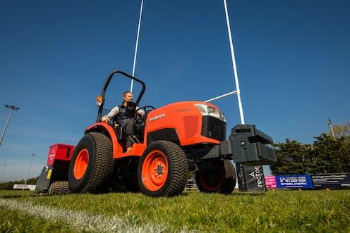 ST401 Kubota compact tractor