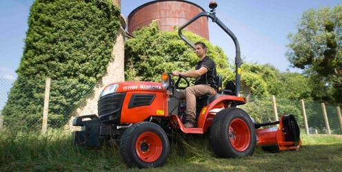 B1181 Kubota compact tractor