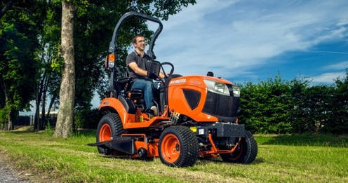 BX231 Kubota compact tractor